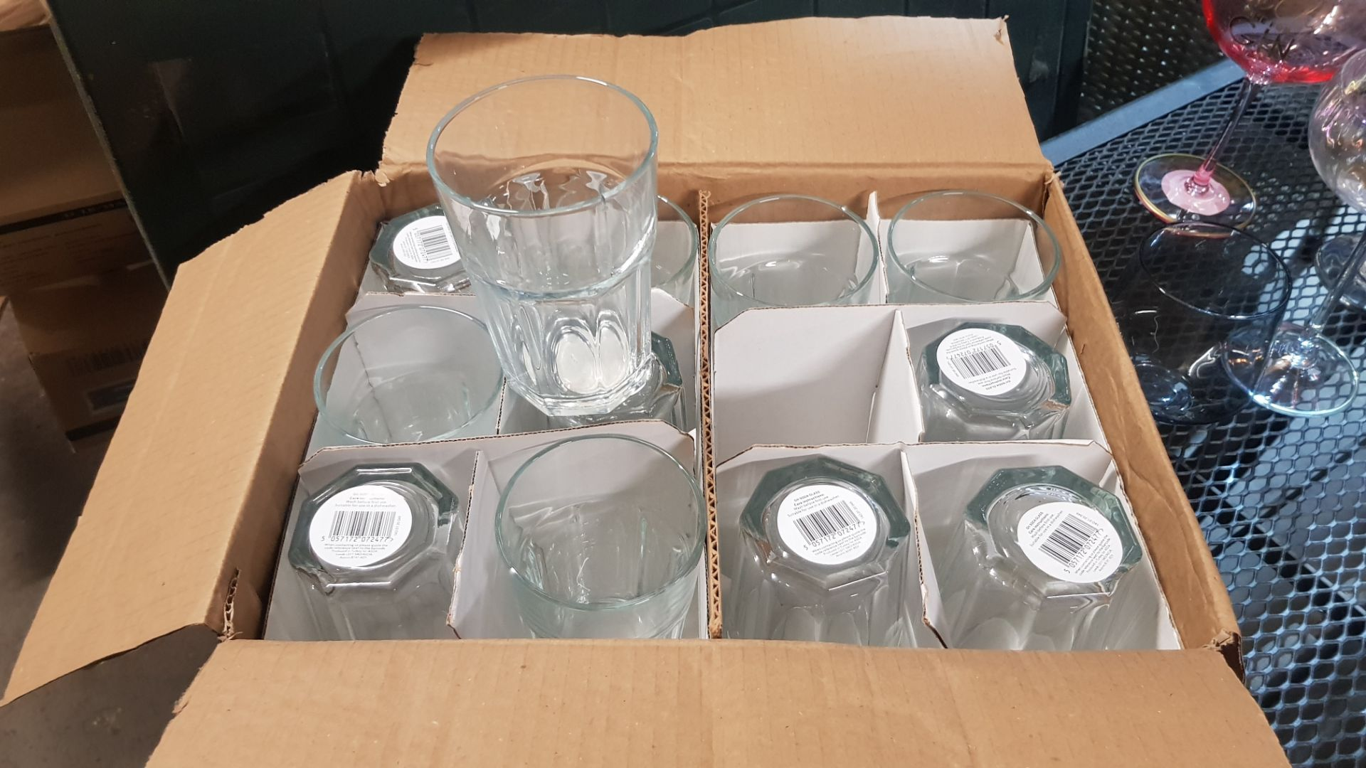Glass Lot – Approx. 65x Items. To Include 16x Wine Glasses. 3x Large Gin Glasses. 12x Soda Glasses. - Image 9 of 21