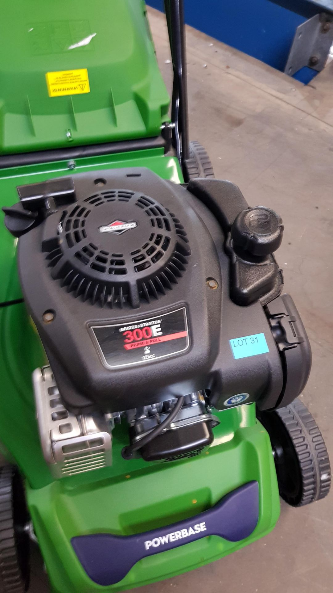 (P10) 1x Powerbase 41cm 125cc Push Petrol Rotary Lawn Mower (XSS41D) RRP £199. New, Clean Unused I - Image 8 of 8
