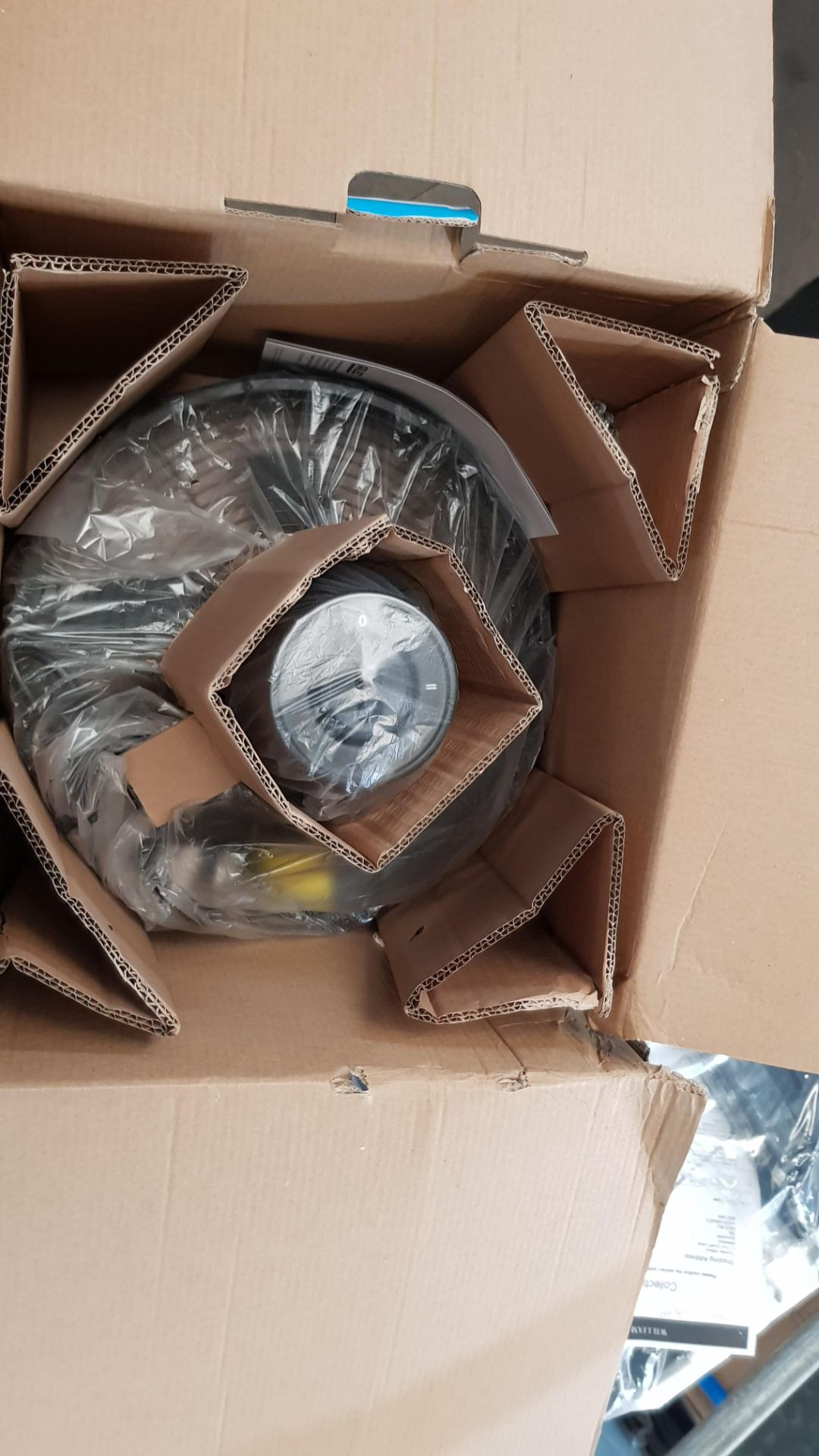 "(P9) 2x Arlec 12"" Matt Black 5 Blade Metal Desk Fan RRP £39 Each. Both Units Appear As New, But Da - Image 6 of 6"