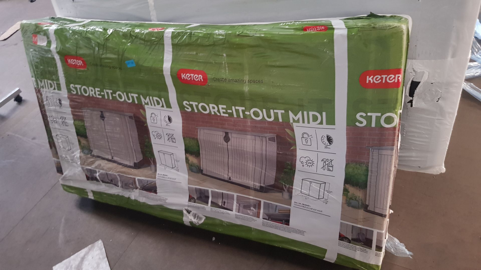 (P1) 1x Keter Store It Out Midi 880L. RRP £120.00. (H110x W74x L130cm) - Image 3 of 5