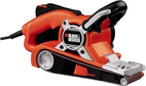 (P10) 1x Black & Decker 720W Belt Sander RRP £72.