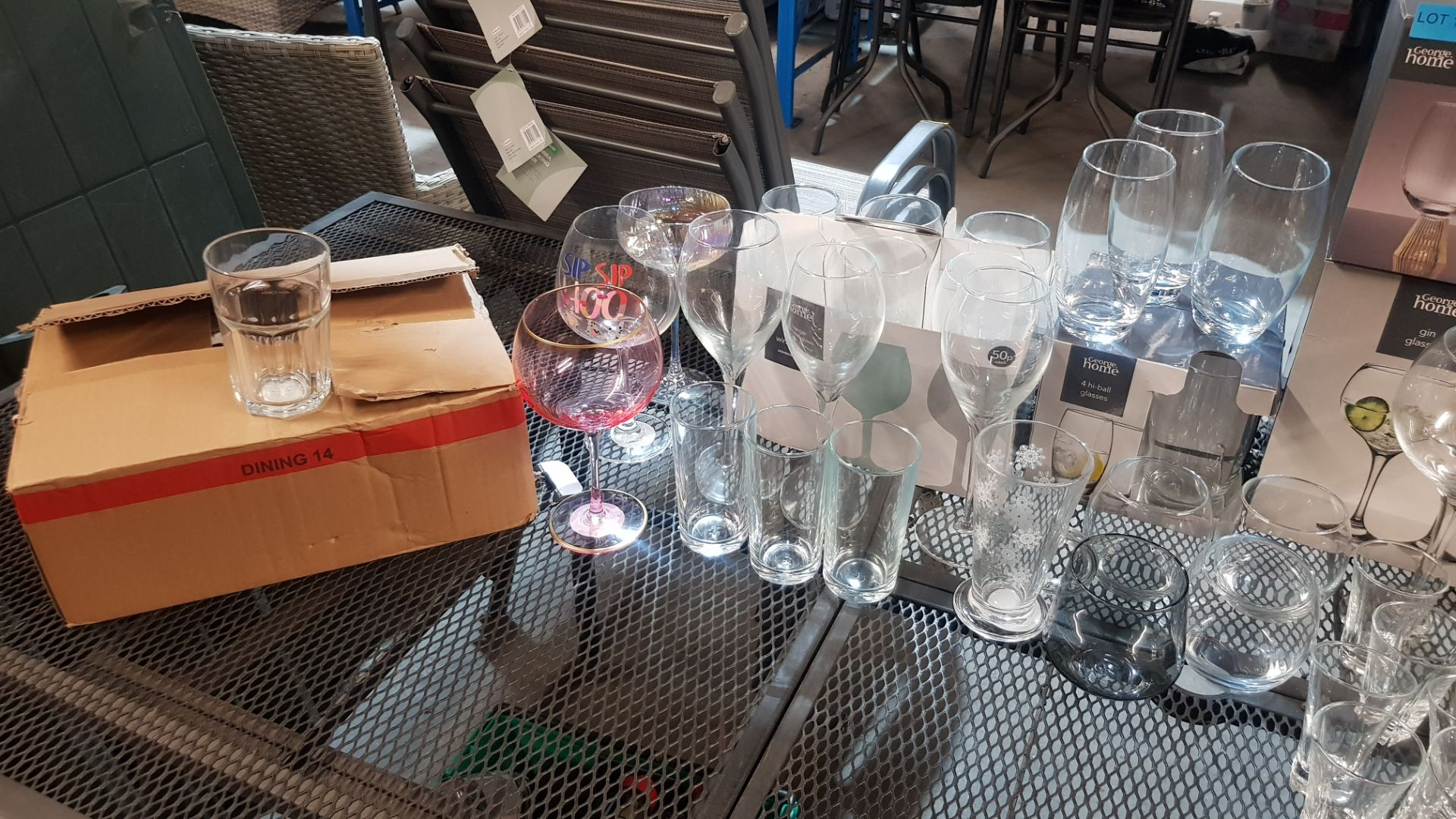 Glass Lot – Approx. 65x Items. To Include 16x Wine Glasses. 3x Large Gin Glasses. 12x Soda Glasses. - Image 21 of 21