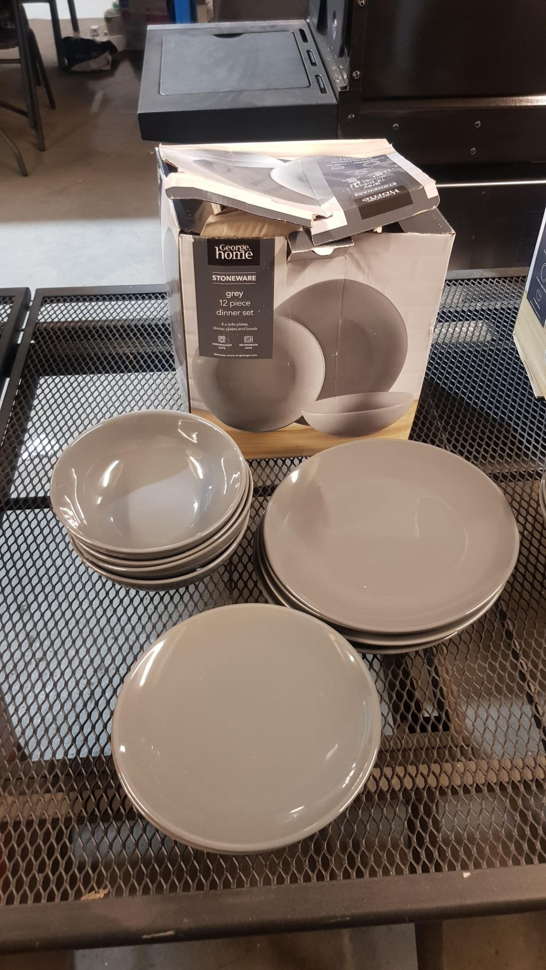 4x GH Stoneware Grey 12 Piece Dinner Set (Lot Comes With 3x Boxes) - Image 3 of 5