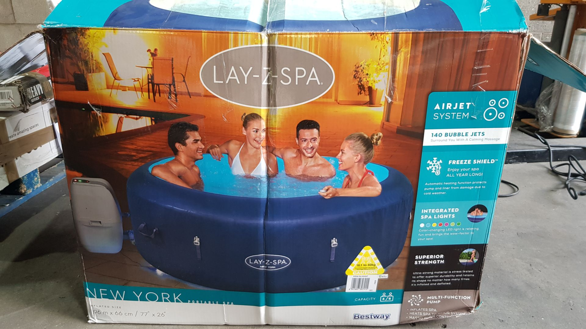1x Bestway Lay-Z-Spa New York RRP £600. 4-6 Person Air Jet Hot Tub. Lot Comes With Pump, Lid, Infl