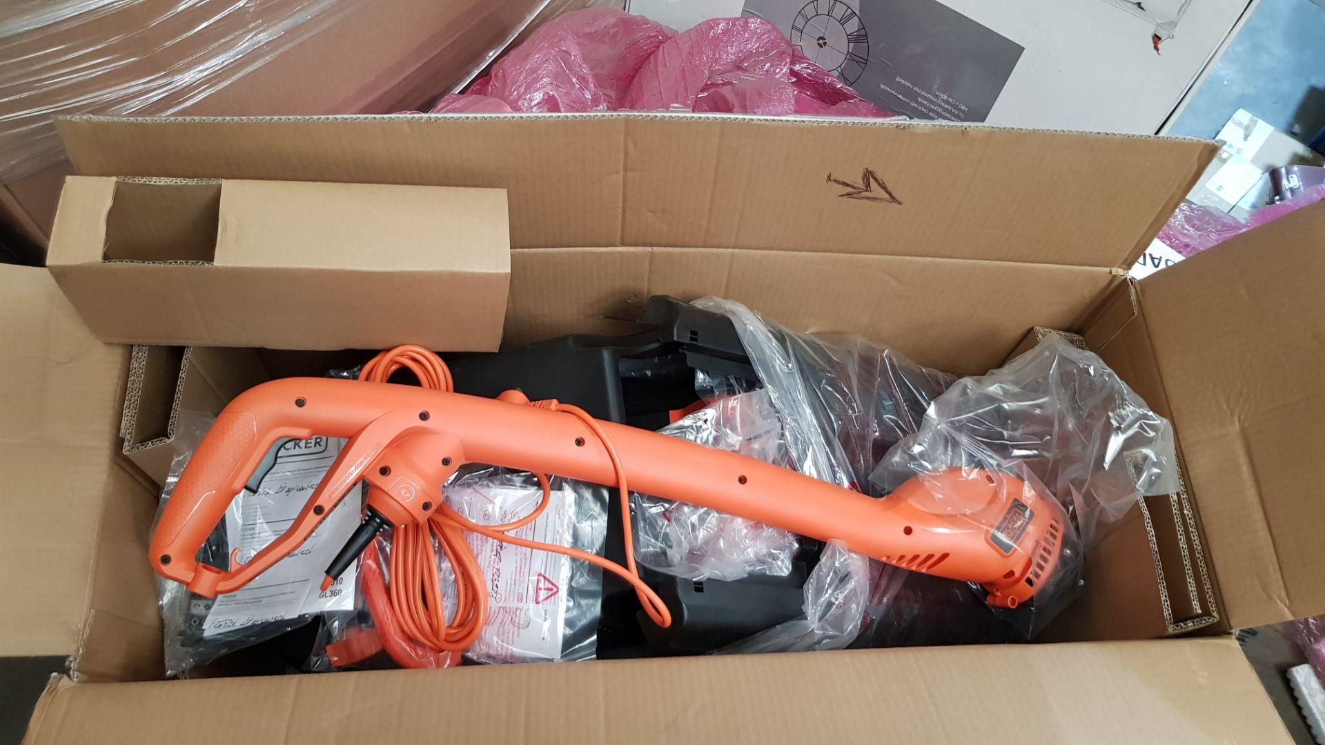(P2) 1x Black & Decker 32cm 1000W Corded Lawn Mower & Strimmer RRP £99. Contents Appear Clean, Unu - Image 4 of 5