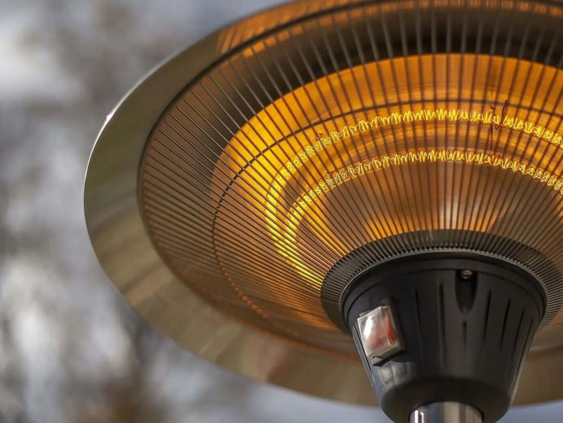 (P7) 1x La Hacienda Lume Standing Heater RRP £99.99 3 Heater Settings: 900W, 1200W & 2100W (H205x - Image 2 of 4
