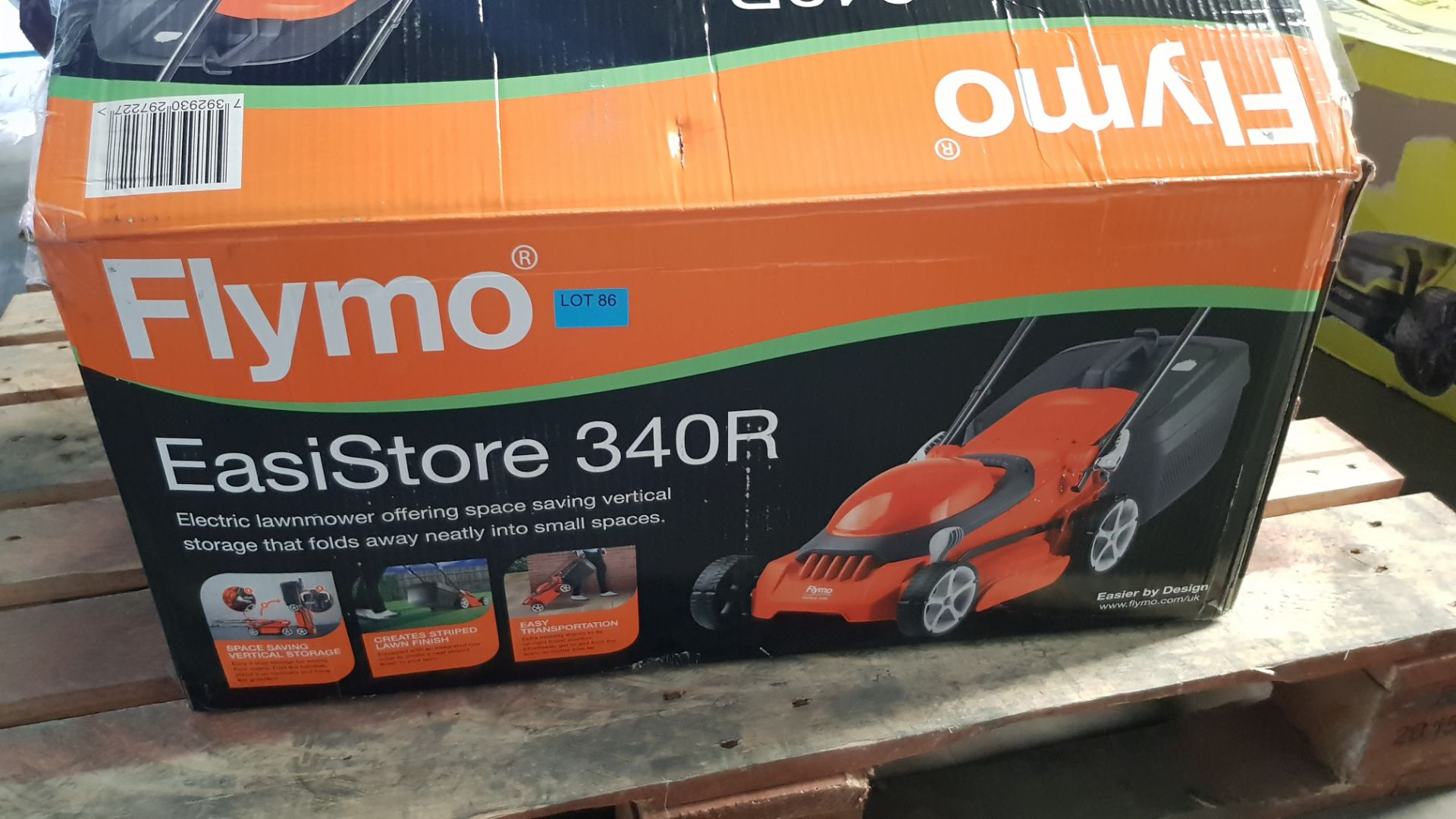 (P3) 1x Flymo EasiStore 340R. RRP £115.00. (Damaged Box – Contents Appear Clean, Unused). - Image 3 of 5
