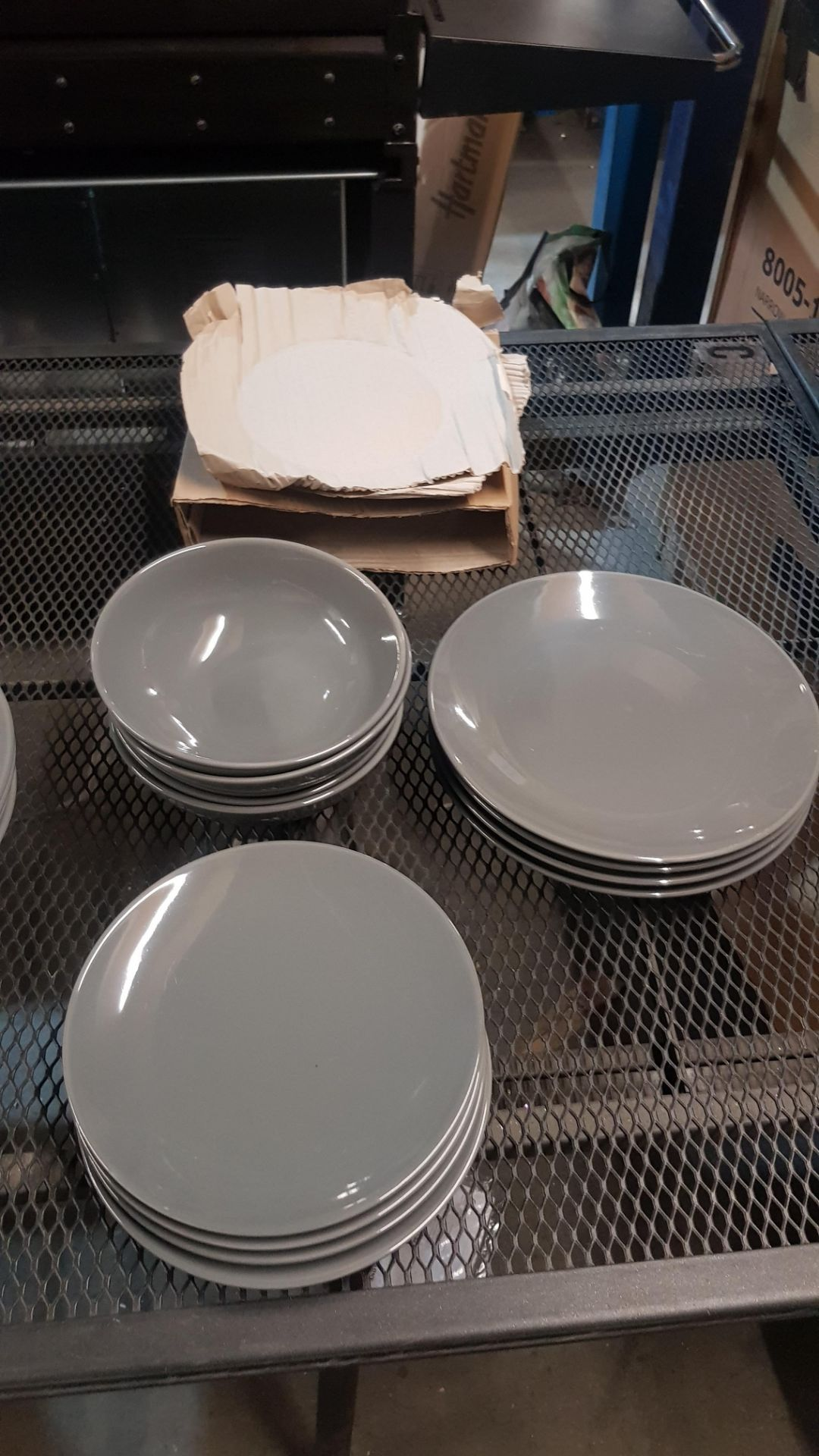 4x GH Stoneware Grey 12 Piece Dinner Set (Lot Comes With 3x Boxes) - Image 4 of 5