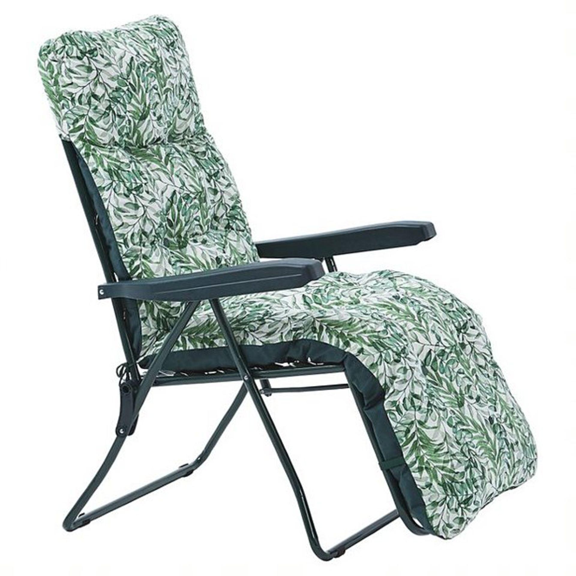 (3A) 2x Fern Pattern Green Reclining Garden Chair.