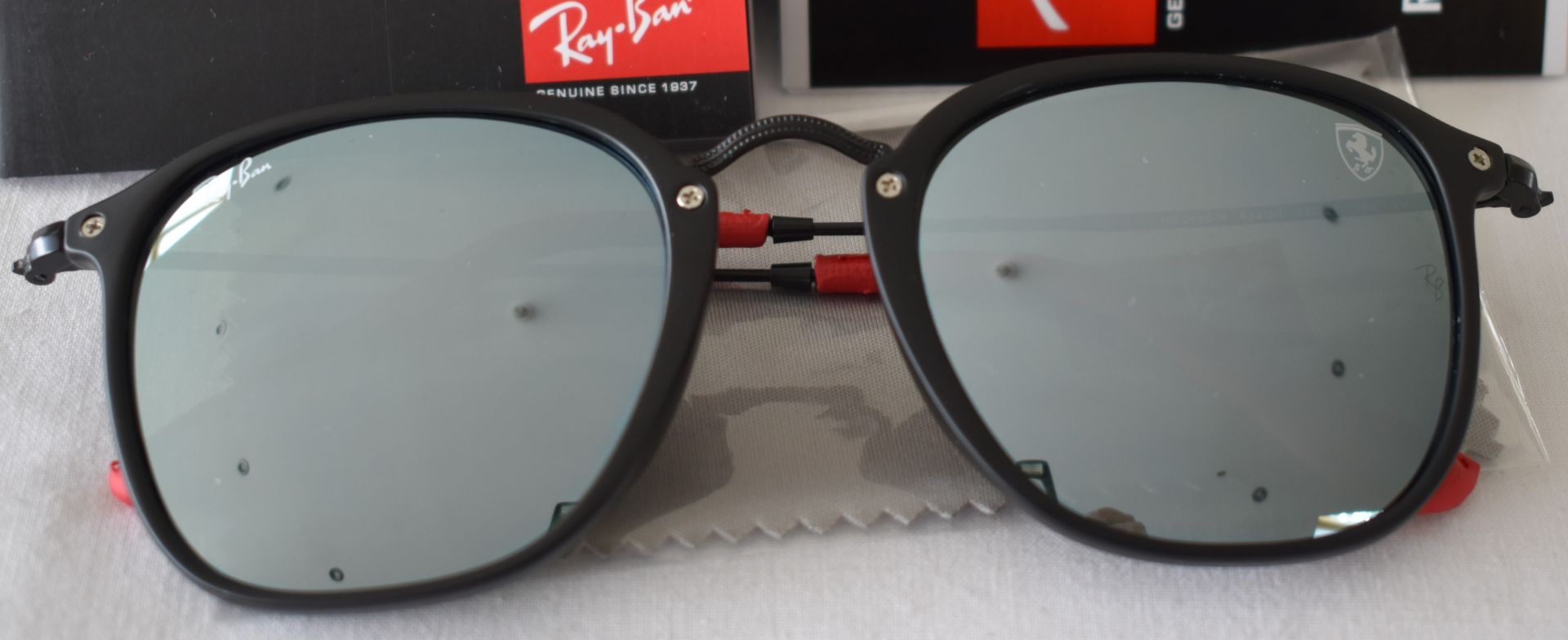 Ray Ban Sunglasses(Ferrari) ORB2448N 614/30 *3N - Image 2 of 4