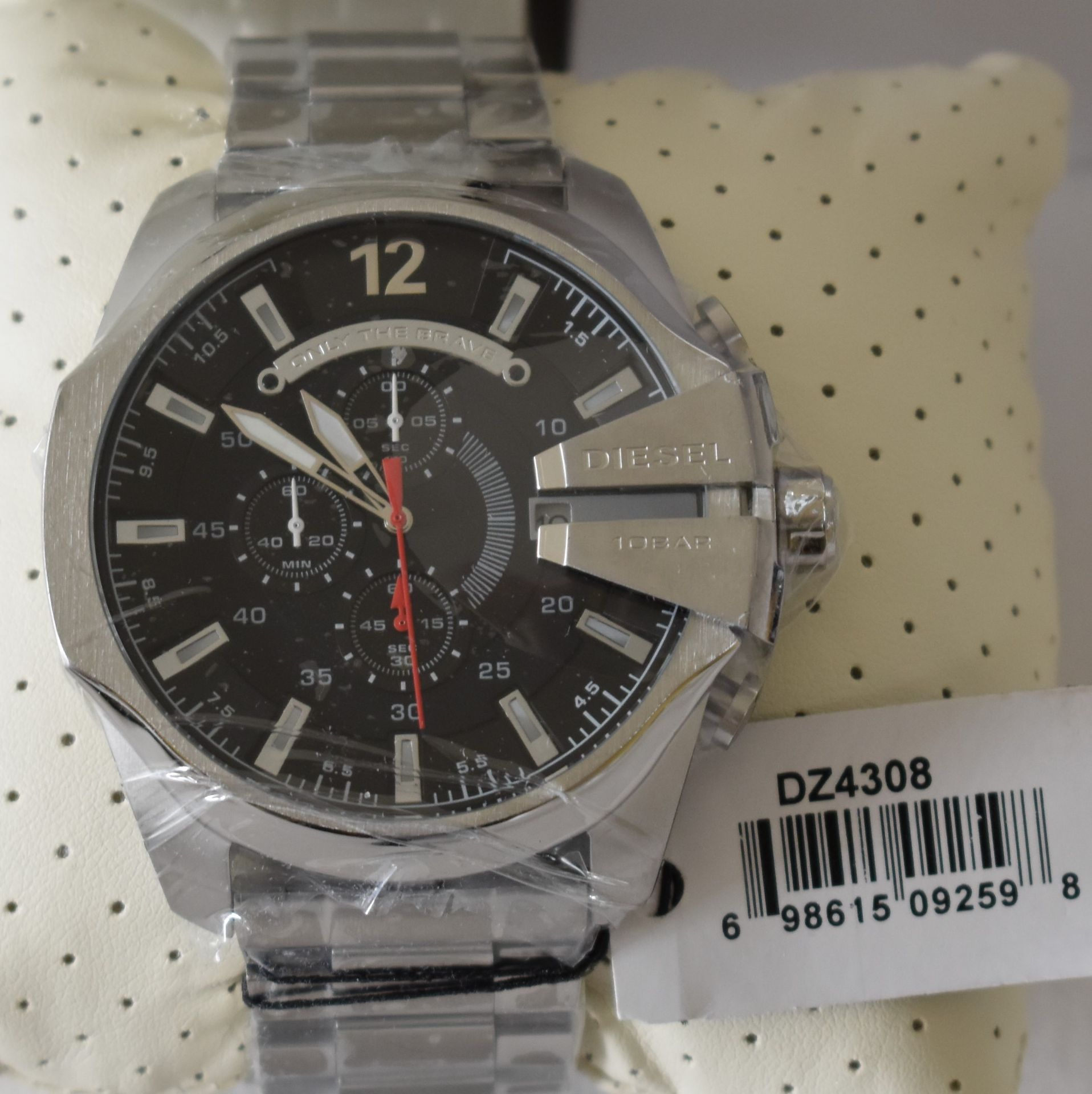Diesel Men's Watch DZ4308 - Image 2 of 2