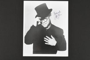 ELTON JOHN Original signature