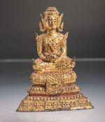 Sitzender Buddha (Thailand, Alter unbekannt), Bronze vergoldet, Darstellung eines auf einem