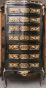 Chiffoniere (Stilmöbel im Stil des 18. Jhs.), 7-schübig, Oberfläche ebonisiert in Boulee-Technik,