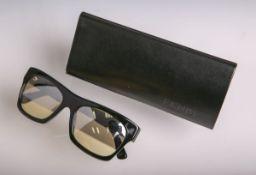 """Sonnenbrille von """"Fendi"""", Modellnr. FS5061M 002 140, schwarzes Kunststoffgestell, Fendi Logos auf"""