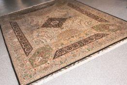 Seidenteppich (Hereke, Türkei), Seide auf Seide, Pflanzenmotive m. Boteh-Mustern, ca. 270 x 300