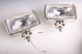 2 Halogen-Zusatzscheinwerfer (wohl 1960/ 70er Jahre), Gehäuse verchromt, Nr. SAE-F-83 / 0245992, ca.