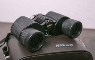 Fernglas von Nikon, 8 x 35, 8,2 Wide