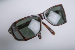 """Sonnenbrille """"Persol, P00009"""""""