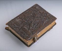 Antikes Fotoalbum (19. Jh.)
