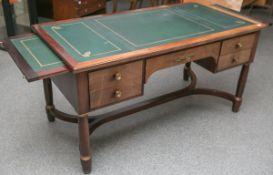 Schreibtisch (Stilmöbil im Empire Stil)