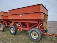 J&M 350-20 Gravity Wagons (1 of 2)