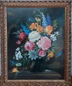 A 'Still life' signed 'Elisabeth Meek',oil on mesonite, within a gilded frame (51x41 cm).