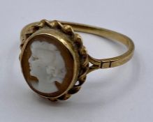 A 9ct gold Cameo ring. (2.2g) Size R