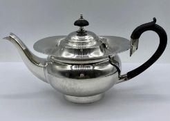 A Batchelors silver teapot, hallmarked Birmingham 1904, makers mark William Aitken. (total weight