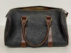 A Mulberry Barrel Bag (23cm x 16cm)