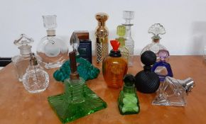 A collection of fifteen empty bottles of perfum (15.5 cm largest), (the Mosser Glass type with