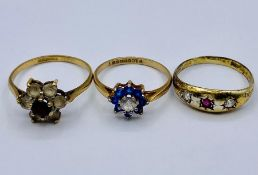 A selection of three 9ct gold rings, various styles Total weight 4.5g