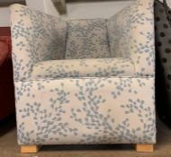 A bedroom tub chair