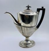 A Hallmarked silver coffee pot, maker Goldsmiths and Silversmiths London 1901, total weight 576g