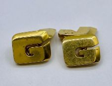 A pair of 14ct gold Gents cuff links (14g total weight)
