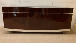 A hi-gloss contemporary sideboard by ALF group (H84cm W200cm D52cm)