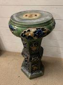 A glazed ceramic plant stand AF (H73cm Dia37cm)