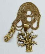 A 14ct yellow gold pendant and chain (Total Weight 6.8g)