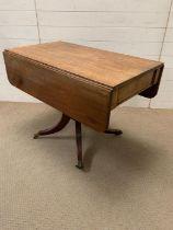 A Regency mahogany Pembroke table (H75cm W102cm D108cm)