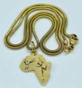 An 18ct gold pendant and necklace (Total Weight 7g)