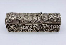 A small silver lidded box AF by Elkington & Co Ltd, hallmarked Birmingham 1909.