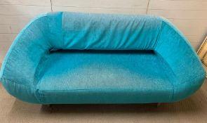 A two seater teal sofa (H80cm W178cm D80cm SH37cm)