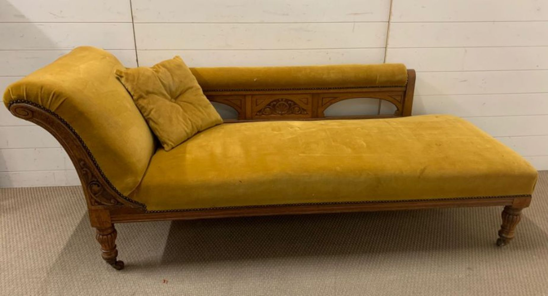 Antiques, Collectables and Interiors Saale