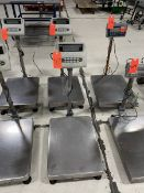 U-Line Model H-747 Deluxe Platform Scale; with 18 in. wide x 23 in. long Platform Table, 660 x 0.1