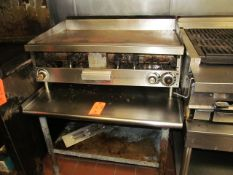 Gas Flat Top Griddle, with (3) Temp. Controls and Stainless Steel Table (Kitchen)