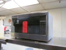 Panasonic Microwave (Kitchen)