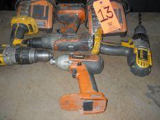 Lot - DeWalt & Ridgid Battery Powered Electric Power Drills, to Include: (2)DeWalt, (2) Ridgid, (