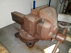 """Parker 6"""" Heavy-Duty Bench Vise, includes stand."""