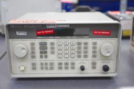 Hewlett Packard Signal Generator, S/N 3819U02022, 250 MHz - 1000 MHz (Instrumentation and