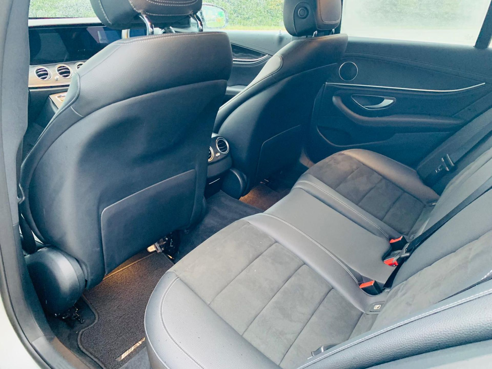 (Reserve Met)Mercedes E220d AMG Line Auto 9G Tronic - 2019 Reg - Reversing Cam - 1 Owner From New - Image 16 of 30